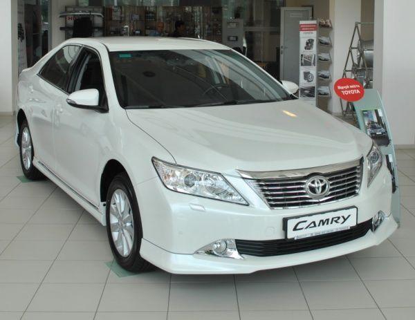 В Тойота Центр Киев «Автосамит» доступна  для заказа новая комплектация Toyota Camry Elegance S!
