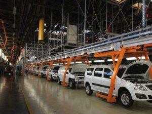 «АвтоВАЗ» уволит почти половину сотрудников