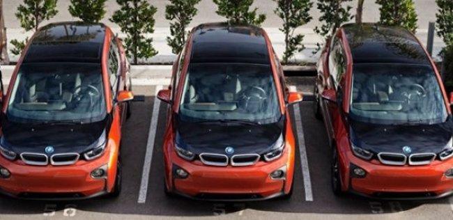 BMW представит новые зарядные станции для электрокаров