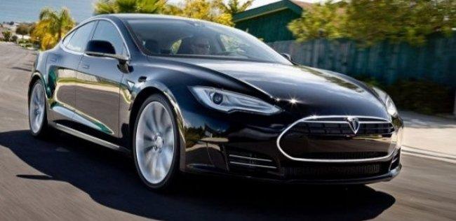 Самая мощная «Тесла» станет быстрее
