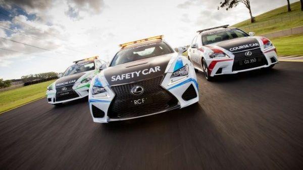 «Заряженное» купе Лексус стало автомашиной безопасности для кузовных автогонок