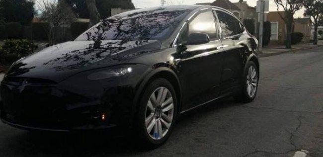 ������ ��������� Tesla ���������������� ��� ���������