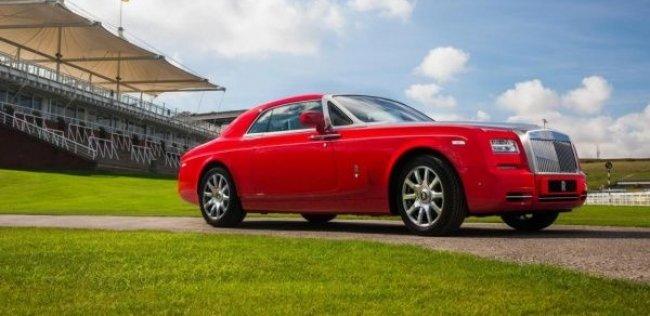 Rolls-Royce посвятил особый «Фантом» топоту копыт