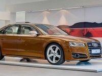 Audi S8 ������� ���������� ����� ����������������