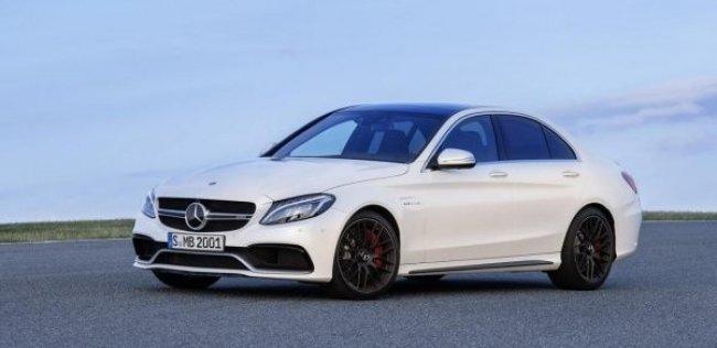 Mercedes назвал цены на «горячий» C 63 AMG