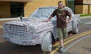 Абитуриент собрал Форд Мустанг из пивных банок
