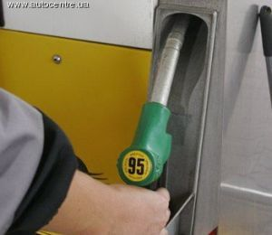 Правительство примет полпроцента с каждого реализованного л топлива