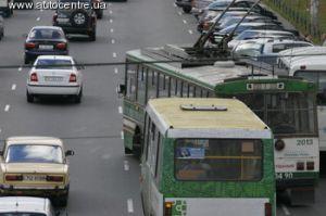 Во Львове увольняют водителей-курильщиков и водителей-отказчиков