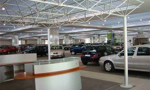 РФ реализует больше автомашин, чем Франция и Великобритания