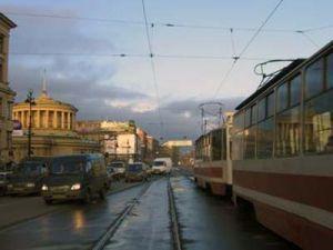 Петербуржцев просят отказаться от собственного автотранспорта