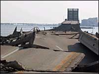 Мост в Миннесоте мог свалиться из-за противогололедного состава