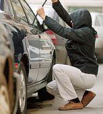 Германка заперла авто воришку в автомобиле