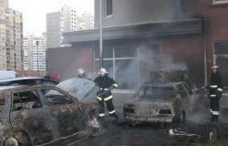 В спальном регионе Киева взрывы истребили иностранные автомашины