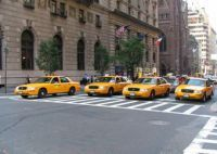 Автолюбители такси в Нью-Йорке бастуют против компьютеризации