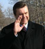 Открывая обходную, Янукович обещал возвести 500 км дорог