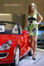 Наиболее прекрасные женщины автомобильного салона во Франкфурте