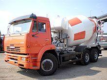 Компания «АИС» продемонстрировала обновленные автобетоносмесители на автошасси КАМАЗ