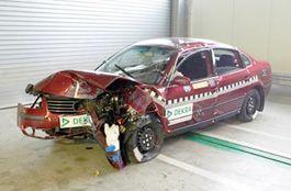 Определены наиболее трудные в ремонте авто в РФ
