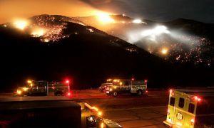 Пожары установили под опасность автопром Калифорнии