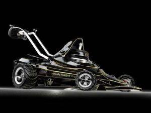 Газонокосилка в образе «Формулы-1»