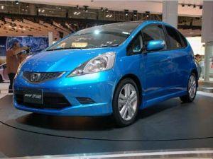 Хонда обрела не менее 20 000 заявок на модель Фит