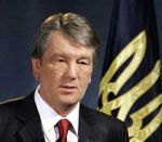 Ющенко требует почистить автодороги от рекламы