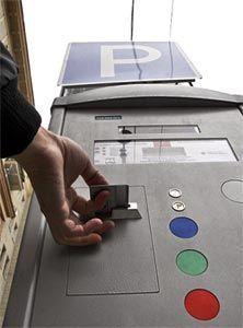 В Киеве автомобильную парковку будут платить по талонам либо СМС