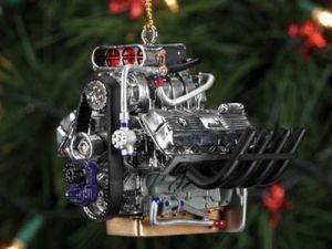 Самое лучшее украшение для елки – мотор