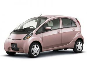 Мицубиси продемонстрировал машины для молодых женщин