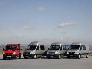 Мерседес реализовал небывалое число платных авто