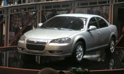 В 2007 году ГАЗ установил на Украину 3388 авто «Волга», 912 из них оборудованы мотором Крайслер