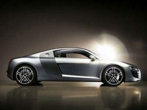 Ауди R8 – самый лучший авто в Северной Африке