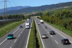 Наиболее безопасные автодороги - в Дании и Швейцарии