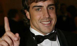 Автомобильный спорт: Алонсо стал самым дорогостоящим пилотом в Формуле-1