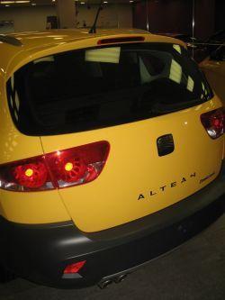Сеат Альтеа Фритрек в автомобильном салоне «МАЯК АВТО»