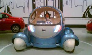 Ниссан будет оборудовать машины роботами-психологами