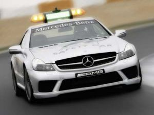 Безопасность автогонок снабдит свежий Stop loss63 AMG F1 Safety Car