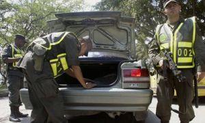 Мексиканские наркобароны выезжают на бондмобилях