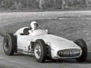 Определены 100 самых лучших пилотов «Формулы-1»