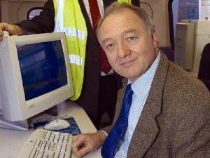 Губернатор Лондона продолжает «зажимать» водителей
