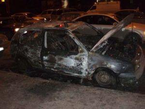 Еще 5 авто сожжены за ночь в городе Москва
