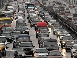 Автодороги Киева обзаведутся «модными карманами»