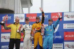 Сеат - безоговорочный чемпион ФИА World Championship