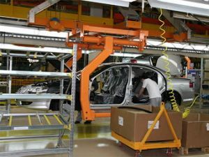 Изготовители автокомпонентов уменьшают масштабы производства