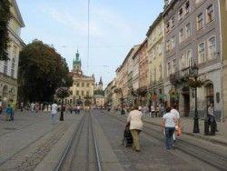 Азиатский финансовый банк выделит кредит на строительство дорог во Львове?