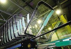 Самый крупный подрядчик стекол отечественного автопрома приостановил изготовление