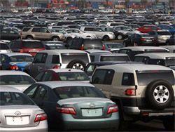 Изготовители  не понимают куда складировать авто. Все площадки наполнены автомобилями