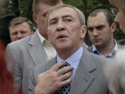 Корреспонденты обвинили Черновецкого в несоблюдении ПДД