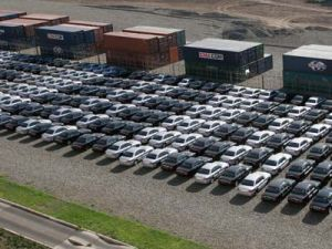 РФ будет 3-им по объему автомобильным рынком к 2012 году