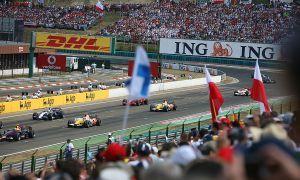 Автомобильный спорт: В Формуле-1 может выйти государственная бригада США